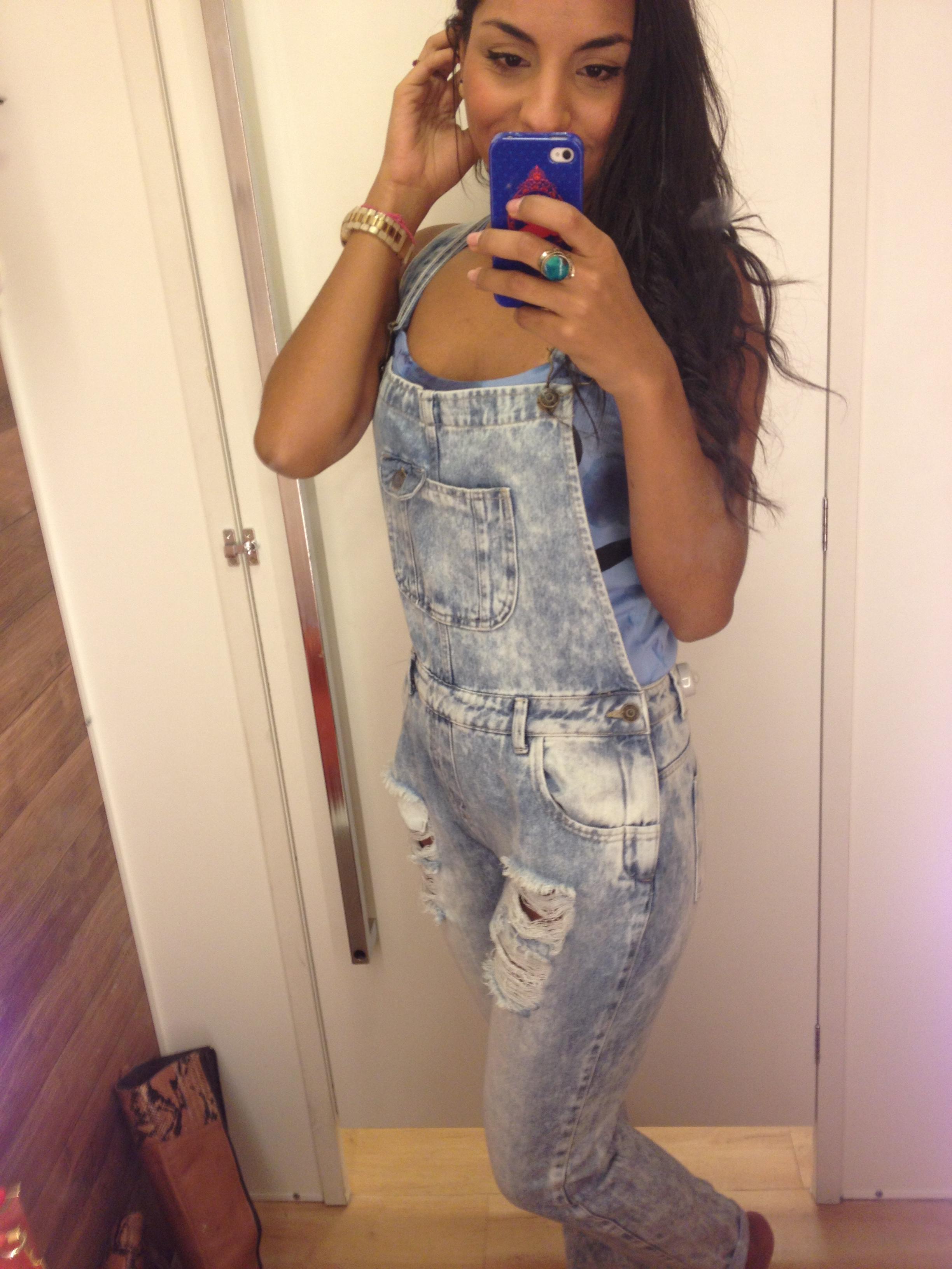 Jardineira exatas na moda for Jardineira jeans feminina c a